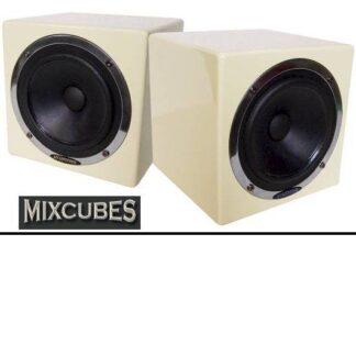 mixcubes_front2.jpg